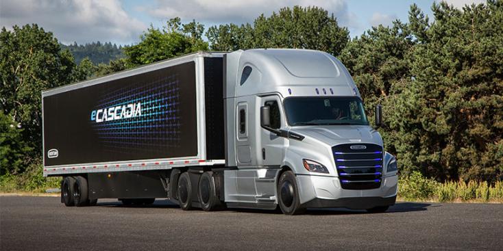 Elektromos kamion prototípusát mutatta be a Daimler