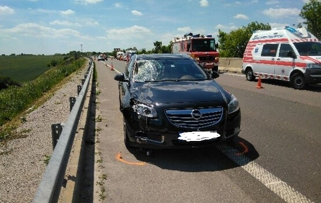 Halálra gázoltak egy férfit az R1-es gyorsforgalmi úton