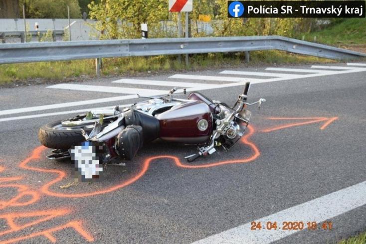 Halálos balesetet szenvedett egy motoros a D1-en