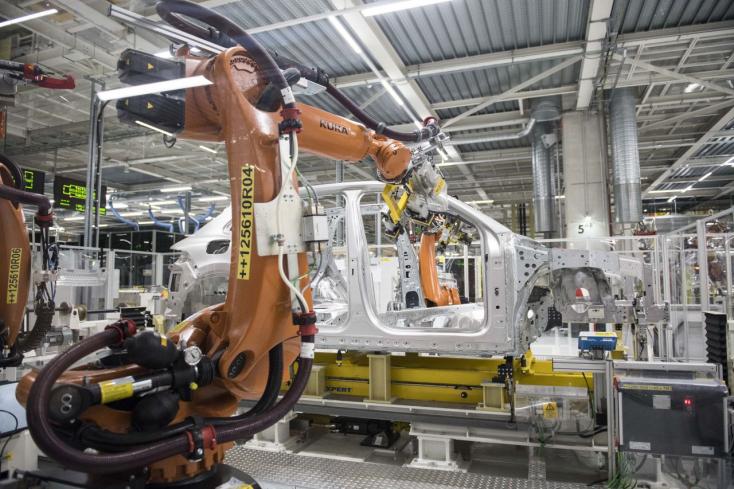 Több mint 360 ezer verda gurult ki tavaly a Volkswgen szlovák gyárából