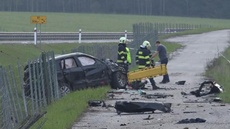 Balesetet szenvedett a belügyminisztérium autója – 24 éves nő vesztette életét