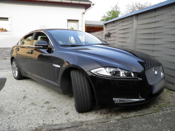 Szlovákiából egy Jaguárt loptak el azok a magyarországi kocsitolvajok, akik külföldi autókra specializálódtak