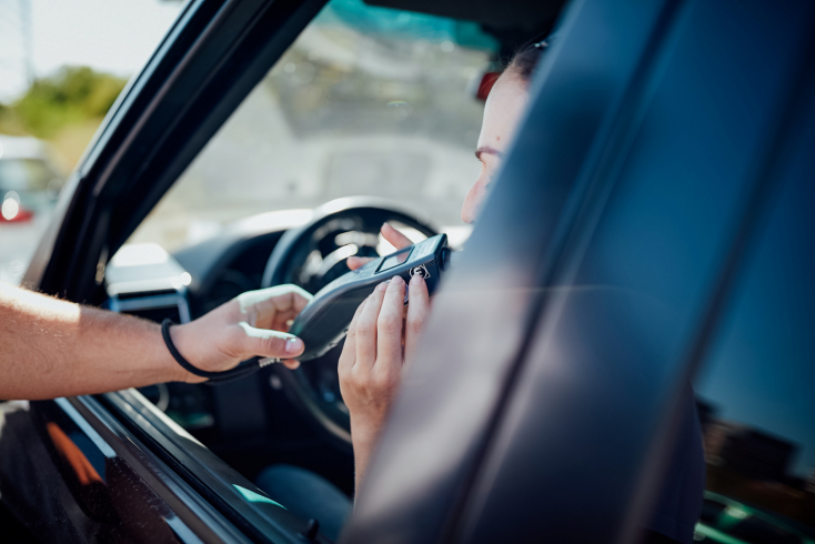 Észmegáll! Több mint 3 ezreléket fújt az autót vezető nő